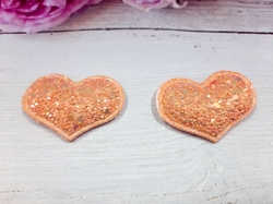 Сердце из кожзама с глиттером цв. персиковый перламутр 42х32 мм.