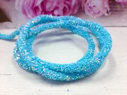 Декоративный силиконовый шнур с пайетками цв. голубой 6 мм. отверстие - 2мм.(0,5м.)