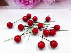 Ягода на веточке цв. красный D 12 мм.