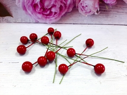 Ягода на веточке цв. красный D 10 мм.