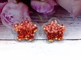 Патч цветок с наполнением звездочки цв. красный перламутр 32х32 мм.