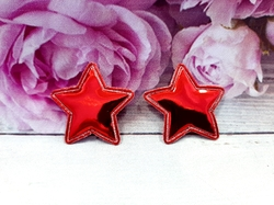 "Патч из глянцевого кожзама ""звезда"" цв. красный 35х35 мм."