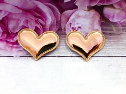 "Патч из глянцевого кожзама ""сердце"" цв. золото 38х30 мм."