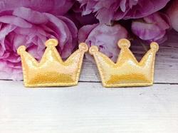 "Патч из кожзама ""корона"" цв. желтый перламутр 35х53 мм."