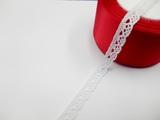 Кружево вязаное цв. белый 10 мм