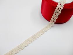 Кружево вязаное цв. льняной 13 мм.