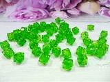 Бусины акриловые многогранные цв. зеленый, куб 10х10 мм. (50 шт.)