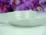 Атласная лента в полоску цв. бледно-салатовый 25 мм.