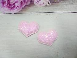 Сердце из кожзама с глиттером цв. розовый перламутр 42х32 мм.