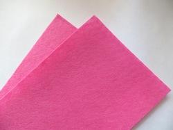 Фетр средней жесткости цв. розовый неон